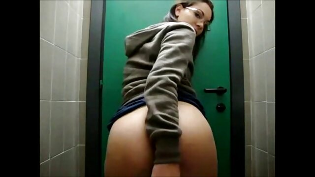 Pornstar videosdemaduras Christina Skye cosquillas masajeado sub